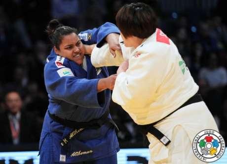 Maria Suelen perdeu logo em sua primeira luta nos Jogos Olímpicos (Foto: Divulgação)