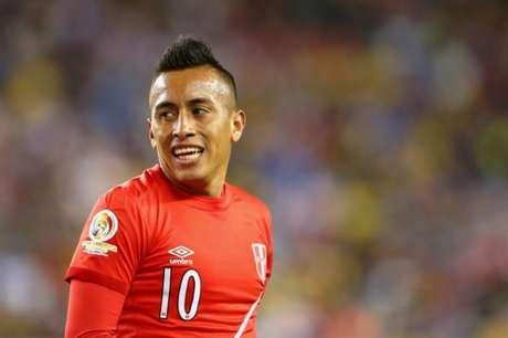 O camisa 10 da seleção peruana tem sete partidas pelo Tricolor e três gols marcados (Foto: AFP)