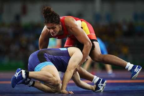 Aline Silva conseguiu uma vitória dramática sobre a rival japonesa, para alegria da torcida brasileira