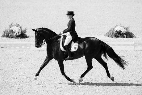 Isabell Werth, medalha de prata em adestramento pela Alemanha