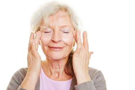A melhor maneira de tratar a pele das pálpebras é prevenir o envelhecimento com cuidados diários