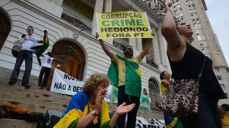 Aliados de Temer usam acusações de que Dilma praticou crime de responsabilidade como arma
