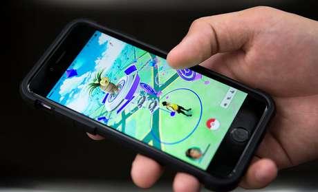 O aplicativo, que usa a tecnologia de geolocalização GPS, visa buscar no mundo real as criaturas virtuais que aparecem aleatoriamente