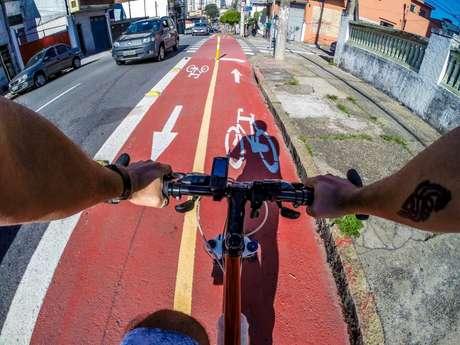 No domingo, dia 28, às 8h30, começa a Pedalada da Virada Sustentável, saindo da Praça dos Arcos em direção ao Parque Ibirapuera.
