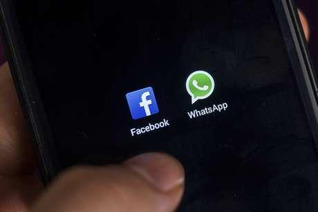 Serviço de mensagens instantâneas vai repassar informações sobre seus usuários à rede social, que deve usá-las para melhorar a eficácia propagandista e sugerir pessoas conhecidas.