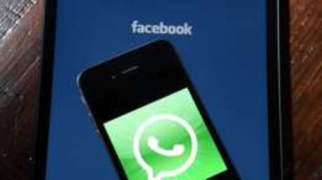 A nova política do Whatsapp abre caminho a empresas interessadas em enviar mensagens comerciais aos usuários