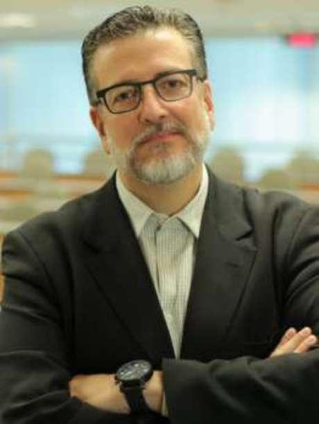 Carlos Melo defende reforma profunda no sistema político