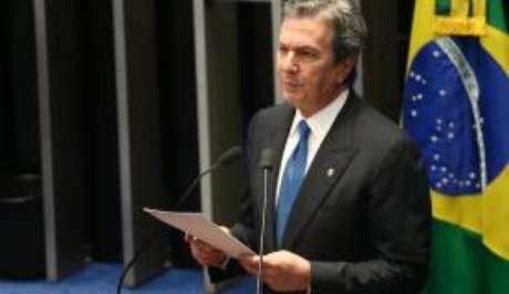 Para o historiador Daniel Aarão Reis, o PT, partido de Dilma, prova próprio veneno, já que foi favorável ao impeachment de Collor (foto) e pediu a saída de outros presidentes