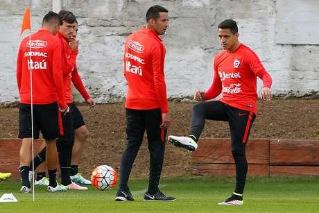 A. Sánchez será capitán de Chile ante Bolivia