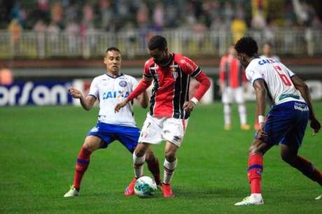 Equipes ficaram no empate por 1 a 1 (Foto: Reprodução/Facebook)
