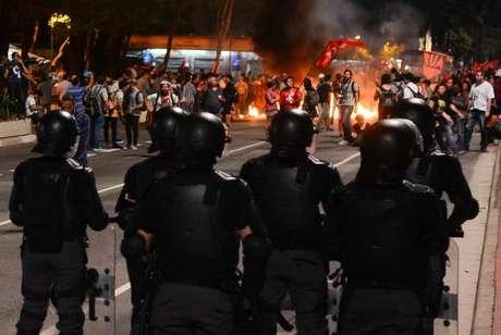 Manifestantes contra o impeachment na Avenida Paulista