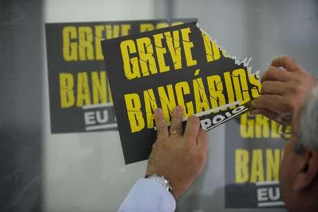 O Comando Nacional dos Bancários indicou a rejeição da proposta da Federação Nacional dos Bancos (Fenaban).