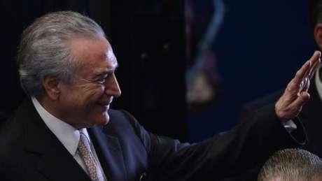 Michel Temer toma posse na presidência