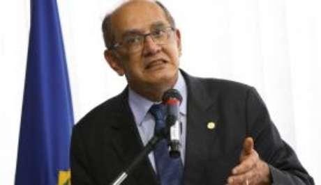 O presidente do Tribunal Superior Eleitoral, Gilmar Mendes, disse que as irregularidades podem resultar na impugnação das candidaturas pelo Ministério Público Eleitoral
