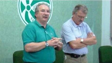 Carlos Chiles teria chamado árbitro de 'ladrão e vagabundo' (Foto: Divulgação)