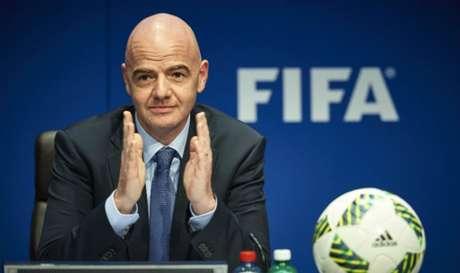 Infantino admite possibilidade de realizar a Copa de 2026 em vários países