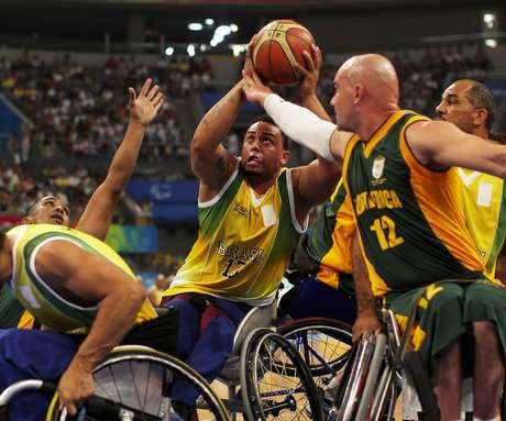 Apesar de contar com muitos times e competições nacionais, a Seleção Brasileira, tanto masculina quanto feminina, ainda não conseguiu conquistar medalhas na Paralimpíada