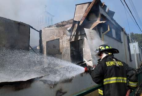 Fatal incendio dejó a 3 mujeres muertas en Puente Alto