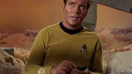 O comunicador do capitão Kirk foi uma espécie de previsão do telefone celular