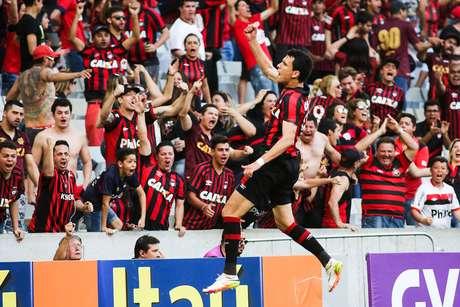 Com os dois gols que marcou, Pablo foi o nome do jogo em Curitiba