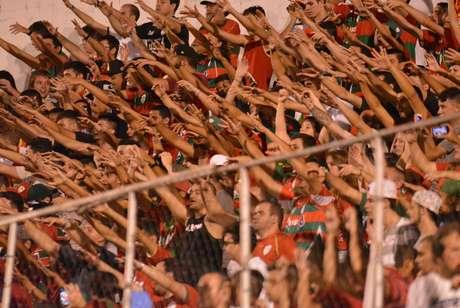 Torcida da Portuguesa deve comparecer em peso nesse jogo que pode marcar a salvação do time na Série C