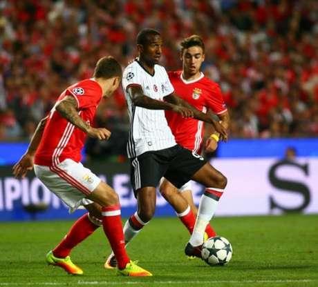 Em seu primeiro jogo contra o Benfica, clube que detém seus direitos, Talisca fez um gol (Foto: Divulgação / Besiktas)