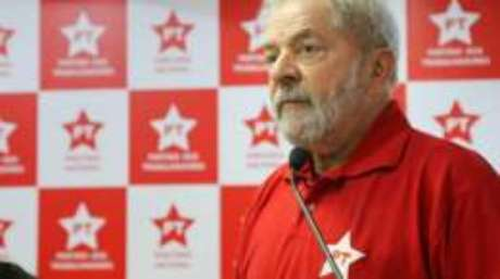 Lula em reunião da Executiva Nacional do Partido dos Trabalhadores (PT), em São Paulo