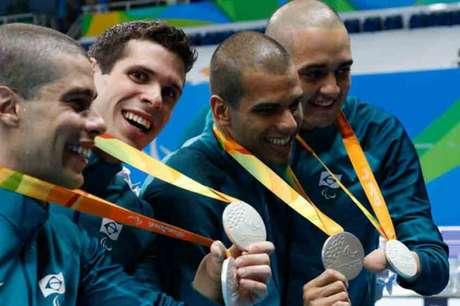 Daniel Dias, Phelipe Rodrigues,André Brasil e Ruiter Silva conquistaram a medalha histórica para o Brasil (Foto:Marcelo Sá/MPIX/CPB)