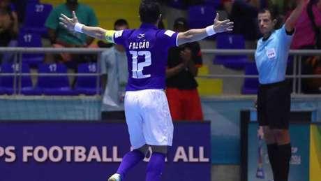 Falcão comemora um dos gols do jogo contra a Austrália (Foto:Divulgação/Twitter)