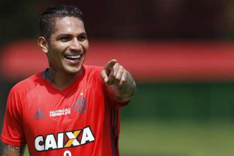 Guerrero em treino do Flamengo (Gilvan de Souza /Flamengo)