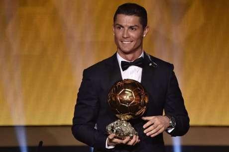 France Football cria prêmio de melhor do mundo de acordo com jornalistas