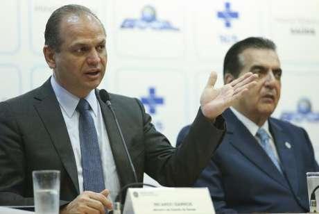 O ministro Ricardo Barros anuncia a renovação do programa Mais Médicos e apresenta os resultados do acordo com a Organização Pan-Americana da Saúde