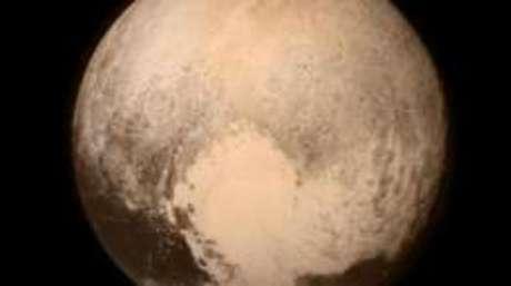 Plutão foi descoberto em 1930, mas perdeu o status de planeta em 2006