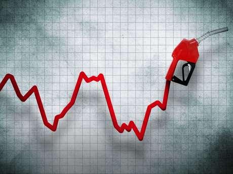 Todos los combustibles sufrirán un alza a partir de este jueves | Economía