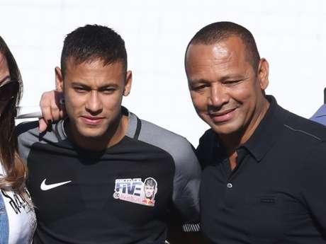 Justiça da Espanha reabre processo de fraude contra Neymar e o pai