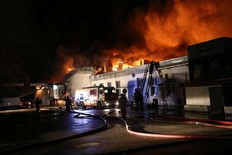 Incendio acabó con la vida de al menos ocho bomberos — Moscú