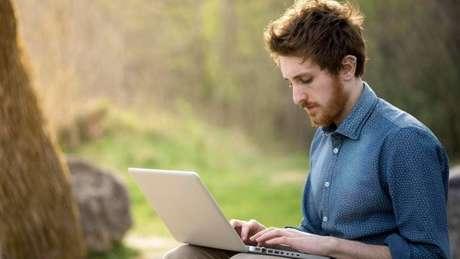 Para especialistas, introvertidos têm características muito valorizadas no mercado de trabalho