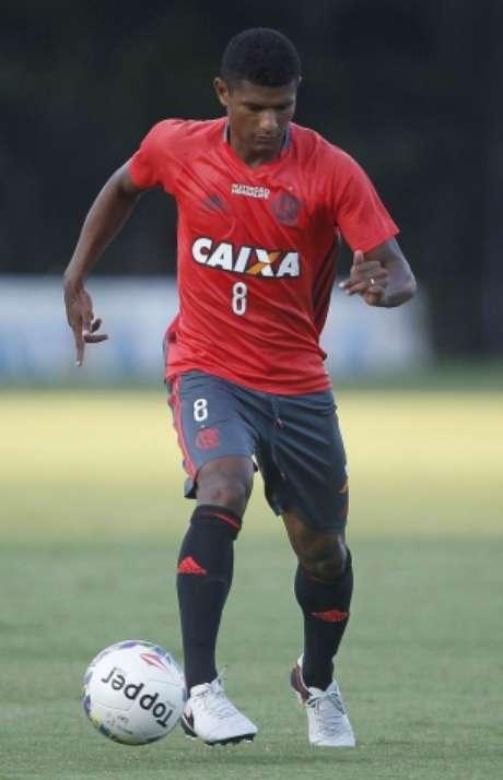Márcio Araújo tem contrato somente até o fim deste ano (foto:Wagner Meier/LANCE!Press)