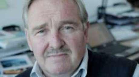 Nutt foi controverso conselheiro do governo britânico para assuntos ligados a drogas