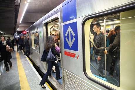Metroviários descartam paralisação nesta terça-feira.