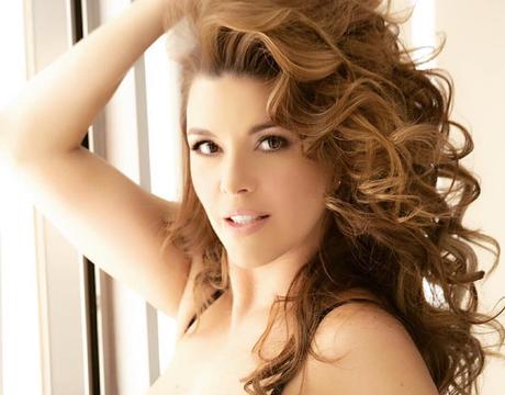 Hará ex Miss Universo Alicia Machado campaña por Hillary Clinton