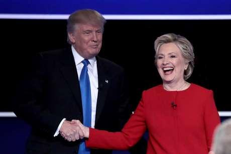 """Trump afirmou que os planos da adversária Hillary Clinton para a Síria vão causar a """"Terceira Guerra Mundial"""""""
