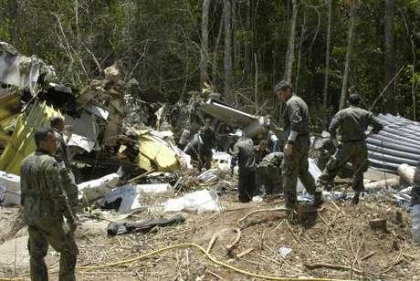 Equipes da Força Aérea Brasileira trabalham no resgate dos corpos das vítimas - Divulgação Força Aérea BrasileiraSd Delgado (Cecomsaer)