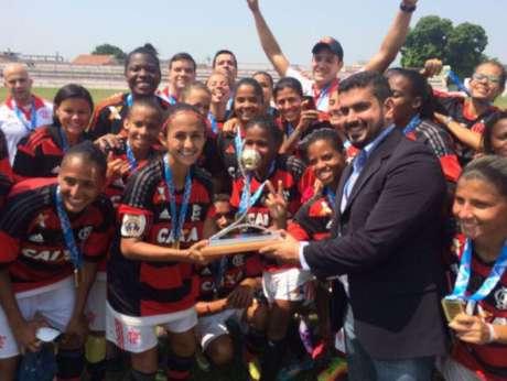 Meninas do Flamengo levaram o título do último Brasileirão feminino (Foto: Reprodução)