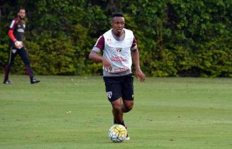 Wellington operou o joelho esquerdo em abril e já está à disposição (Foto: Érico Leonan/saopaulofc.net)