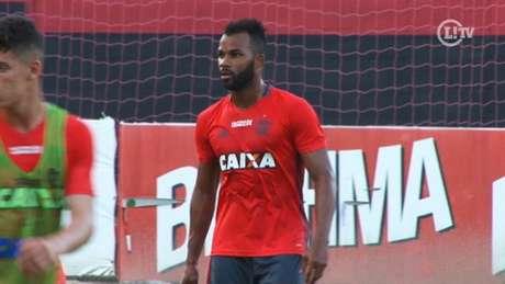 Fernandinho em treino do Flamengo (Roberto Veloso /TV Lance)