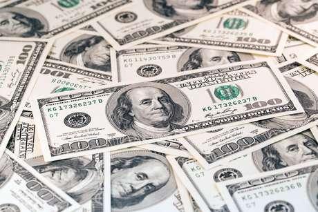 Brics devem receber até US$ 290 bi neste ano, mas investimento pode salvar Brasil da crise?
