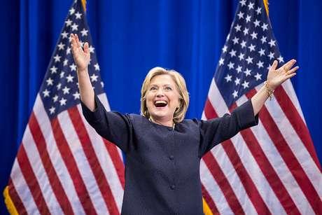 El signo de Clinton es el cuarto de naturaleza negativa y el tercero de cualidad fija.