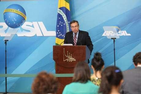 O porta-voz da Presidência da República, Alexandre Parola, durante briefing no Palácio do Planalto