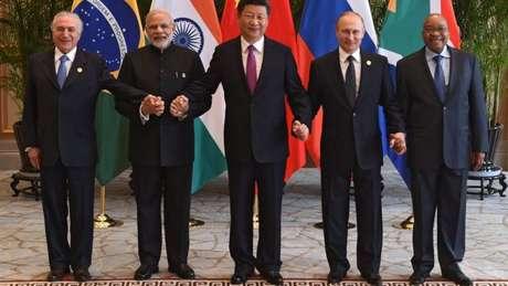 Os respectivos representantes do bloco dos Brics: Michel Temer (Brasil), Narenda Modi (Índia), Xi Jinping (China), Vladimir Putin (Rússia) e Jacob Zuma (África do Sul)